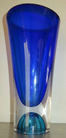 Signed Kosta Boda Goran Warff Vase