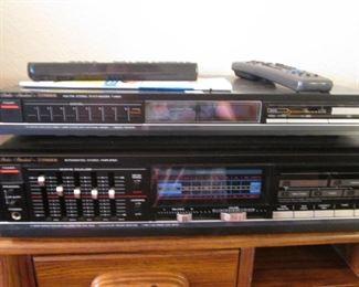 Vintage 2-Piece Fisher Amplifier & Stereo AM/FM Tuner