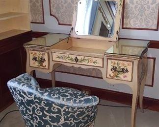 Chair & Vanity
