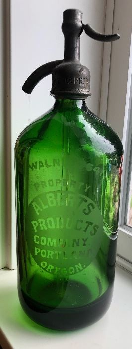 Hundreds of pieces of vintage soda bottles and glassware to pick from