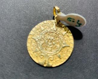 14k pendant