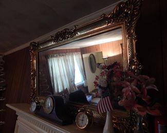 Large beautiful mirror...amazing frame!