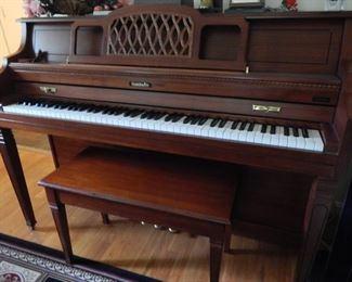 Baldwin up right piano! BALDWIN>>> good name!