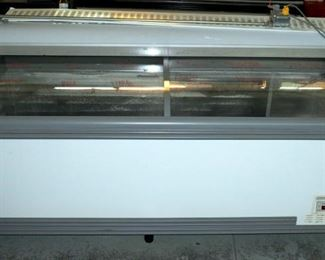 "AHT Paris 210 Freezer/Cooler Case with Sliding Doors, Digital Temperature Display. 41"" x 83"" x 34"""
