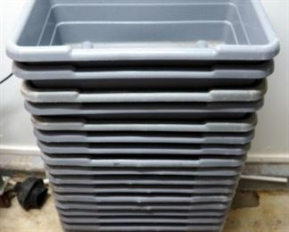 Ultrasource Plastic Food Bins, Qty 17