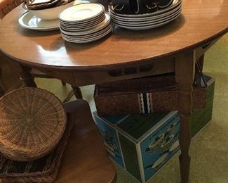 Dinette Table and Chairs!...Let's Go To The Garage!...