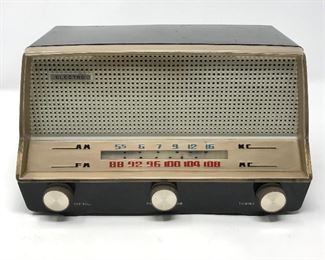 Vintage Electro Radio https://ctbids.com/#!/description/share/164784