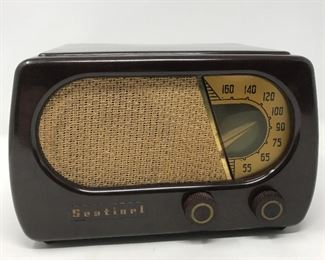 Vintage Sentinel Model 331-W Radio https://ctbids.com/#!/description/share/164854
