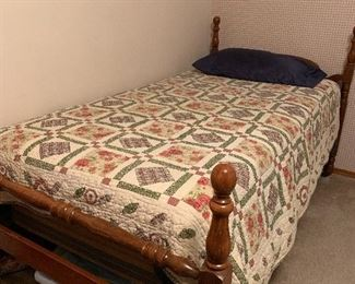 Twin Beds / Quilts
