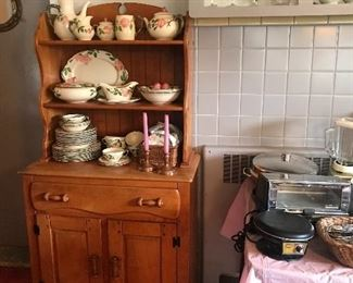 Vintage Franciscan Ware displayed on a quaint Virginia House hutch!