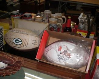 Green Bay Packers limited edition series 4 champion football, etc.