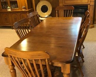 Oak dining table/chairs