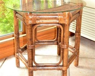 BAMBOO SIDE TABLE w/GLASS TOP