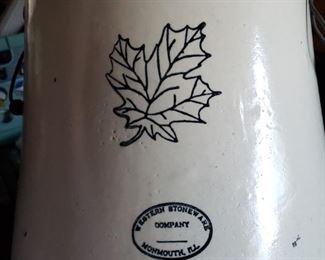 8 gallon Western Stoneware crock