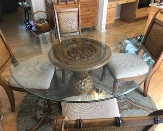 Round pedestal dining room table w/4 chairs