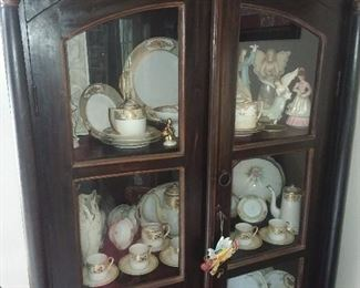 China Cabinet & Contents