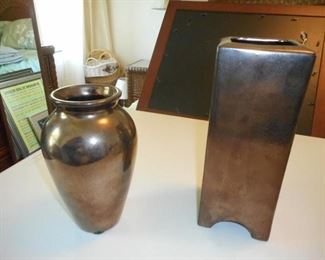 2 Haeger bronze tone vases https://ctbids.com/#!/description/share/166460