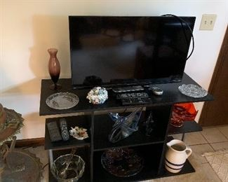 TV, stand, vintage glass
