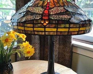 Beautiful Tiffany Reproduction Dragonfly lamp!