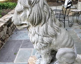 Concrete lion statue (Leo)