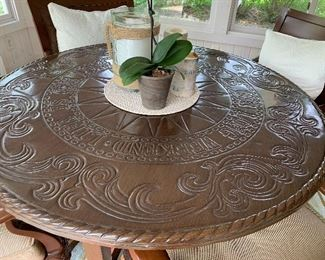 Tommy Bahama indoor/outdoor amazing table and chairs set