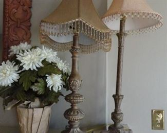 MANY LAMPS WITH BEADED SHADES