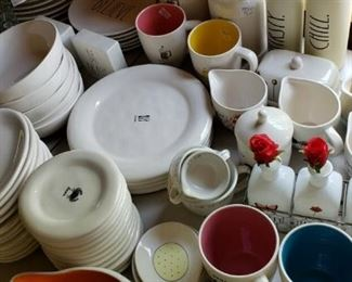 Moving Sale Collectibles French Decorator Starts On
