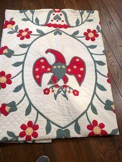 Center of Eagle  center  vintage quilt