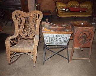Churns, Wicker chair