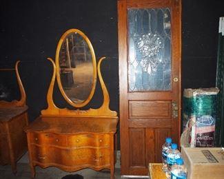 Door, Dresser