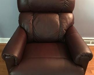 Newer Lazyboy  leather recliner