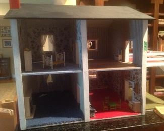 Dollhouse with metal furniture