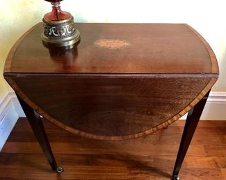 Antique drop leaf 19th c, feat shell inlays - from New Orleans