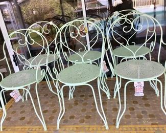 Authentic French Metal Bistro chairs (6)