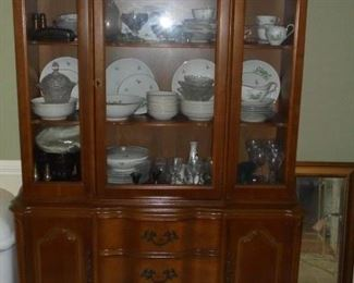 1950's glass front hutch w/3 drawers /2doors