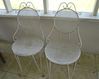 2 of 4 malt shop metal chairs w/matching round table