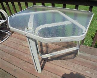 Metal patio table