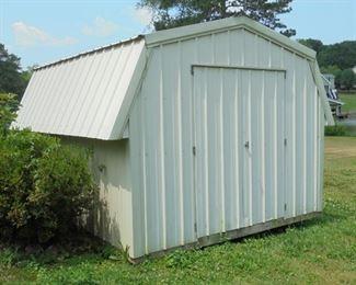 12x10 metal bldg  w/2 doors