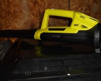 2 Ryobi 18v blowers w/batteries