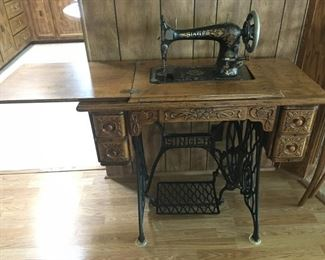 1800's Singer Sewing Machine in table