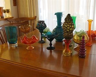 Selection of mid-century glassware