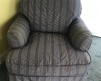 quatrine occasional chair