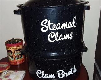 Steamed Clams Pot