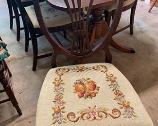 Duncan Phyfe dining chair Needs some TLC