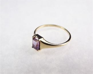 10K Gold Amethyst Ring, Size 6.5