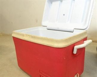 RedWhite Rubbermaid Cooler