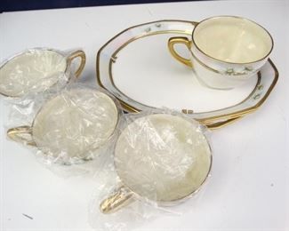Willie Guest German Fine China Set