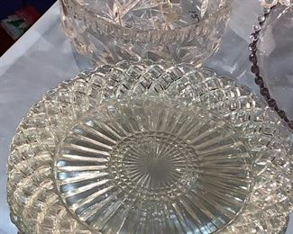 Extra luncheon dishes