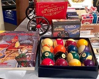 brand new-cue balls and box
