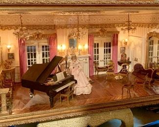 Extremely beautiful Diorama room, all furnished.  chandeliers light up.  It has an outdoor patio as well.